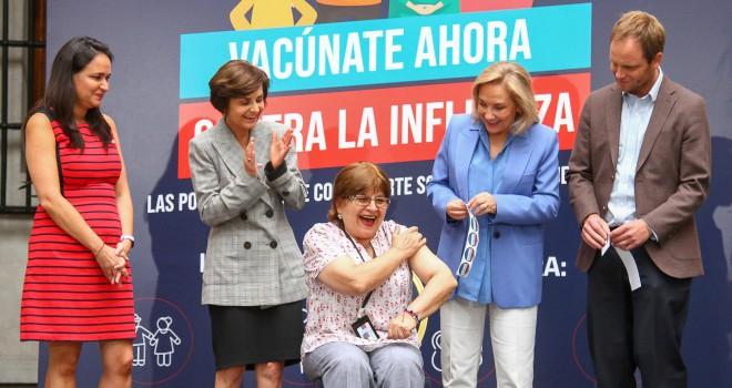 Autoridades Lanzan Campaña De Vacunación Contra La Influenza