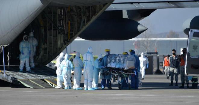 COVID-19: Cuatro Pacientes Fueron Trasladados A La Región Del Biobío