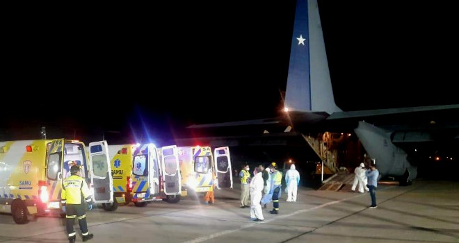 Cuatro Pacientes Fueron Trasladados A La Región Del Biobío En Operativo Aéreo